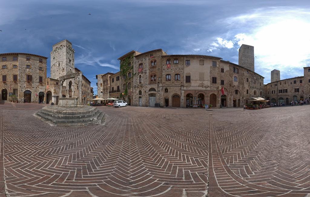 Piazza della Cisterna – San Gimignano – Italien